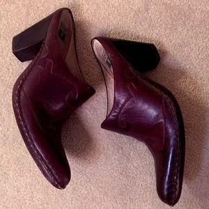 Frye Phoenix leather Mules size 9.5 EUC